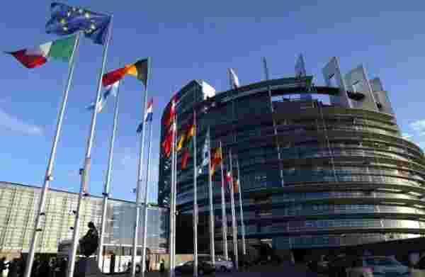 欧盟采取行动减少智能手机专利战争