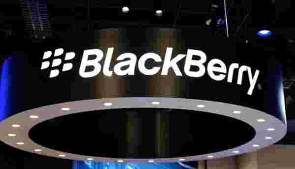黑莓结束了2800万美元利润的Q4