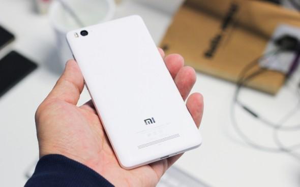 "Xiaomi Mi 4i与5""1080P屏幕,13MP摄像机进行官方"