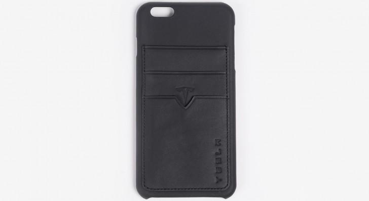 这种皮革iPhone案例是由Tesla的剩余内衣制成的